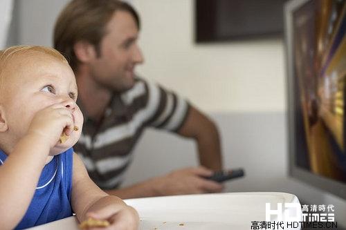电视小常识:儿童看电视注意事项 家长应谨慎对待