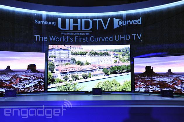 Ultra HD / 4K 电视、显示器与投影机的部分,他们都将必须具备将 1080p HD 内容 Upscale 升至 Ultra HD(3,840 x 2,160)分辨率的能力,至少拥有一个支持 Ultra HD 24 / 30 / 60fps 播放的 HDMI 埠,且符合 HDCP 2.2 DRM 解码规格。