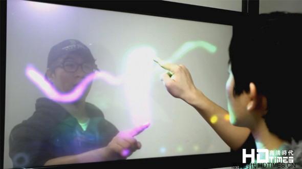 双面触摸屏技术问世 触控未来科技