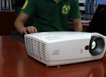 智歌ES50投影仪价格 主流电商平台最新报价