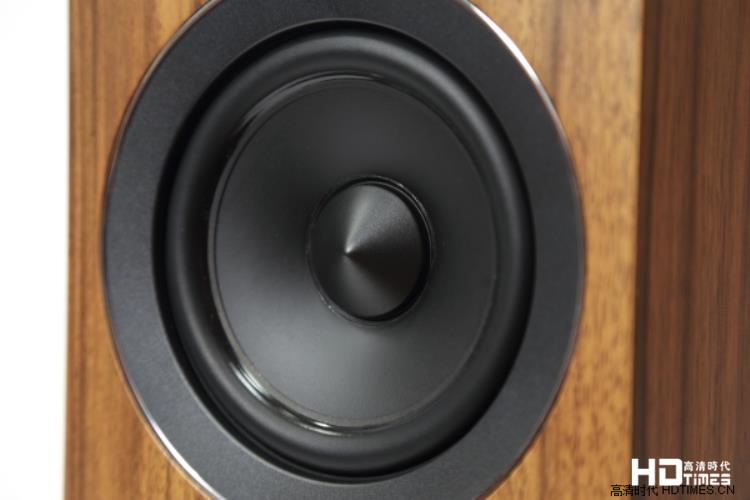 轻而易举地,喇叭消失了-Acoustic Energy AE109落地喇叭
