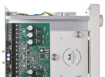 旗舰级中少见的高C/P值机种-T+A MP3100HV多功能播放机