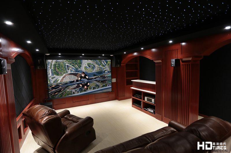 星空下的视听盛宴 丰富多彩的家庭影院