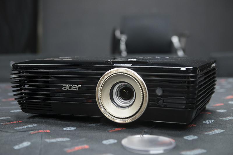 评测 宏碁E8620C 4K投影机 入门级挑战专业级