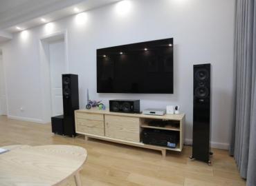现代家庭选择HIFI音响还是家庭影院音响